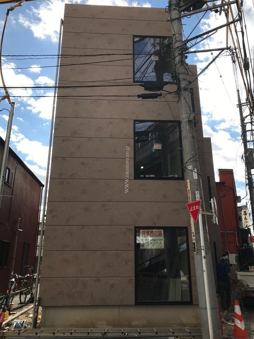 シートがとれた新築店舗 小岩 アマネセル